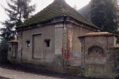 mausoleum01